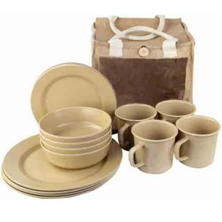 bamboo-picnic-set